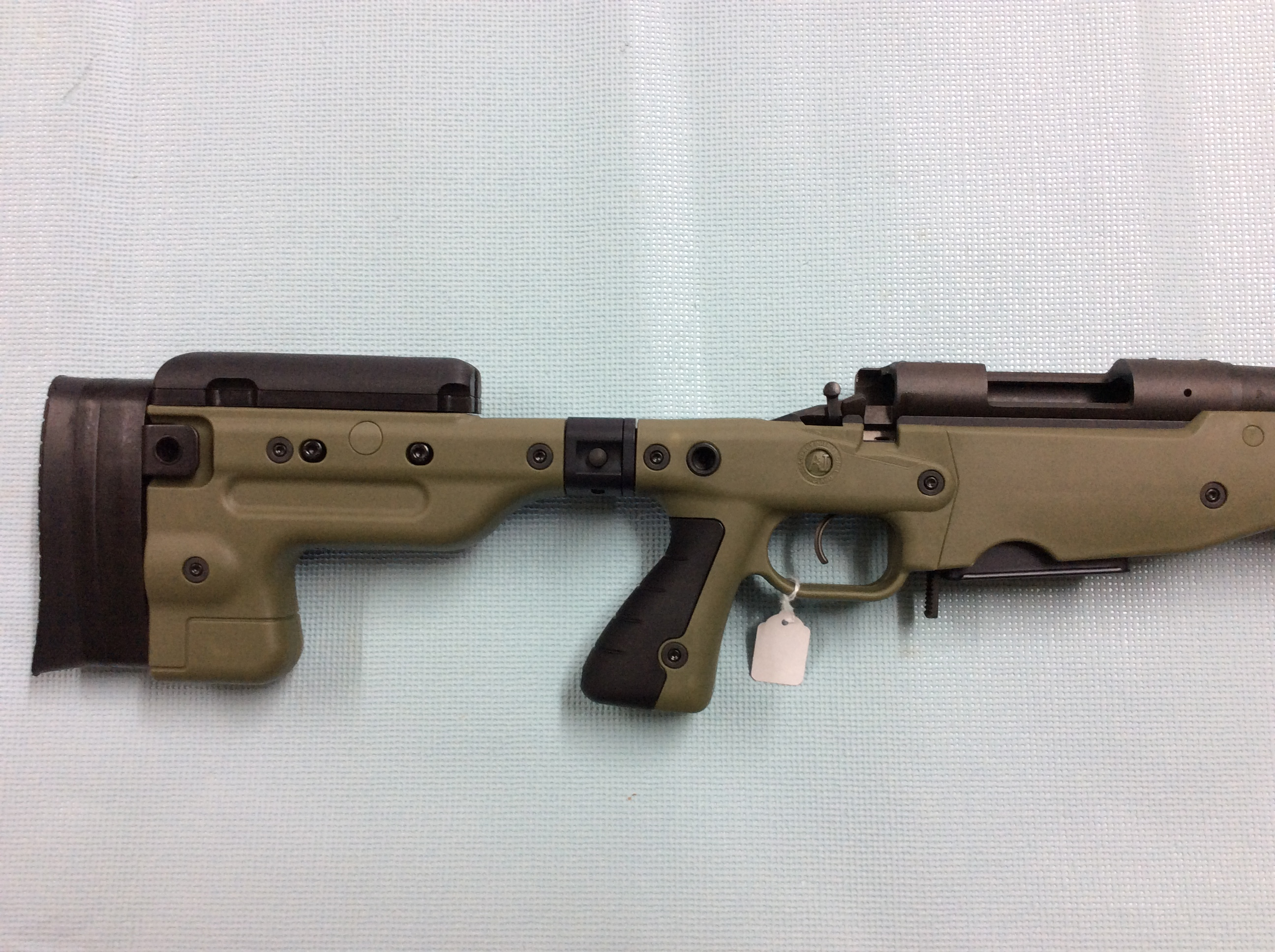 Accuracy International 22/250 Remington Rifle | Young Guns
